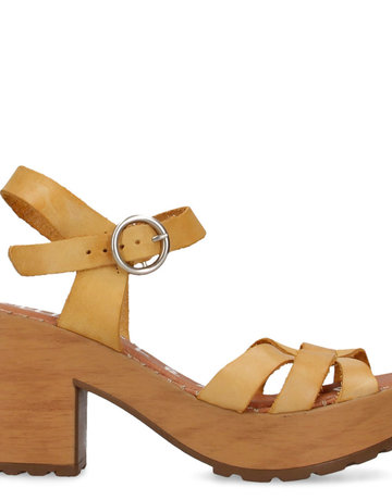 SHAKE YOUR BON BON Tonic Leather Heel - Yellow