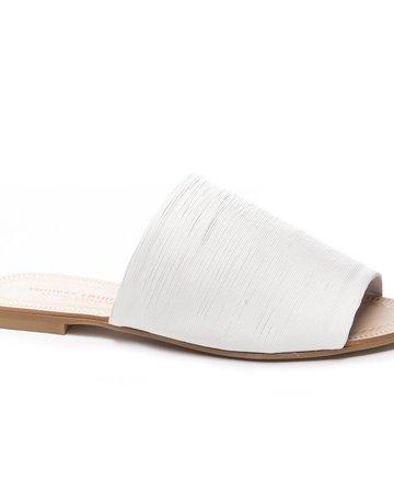 KRISTIN CAVALARI Bahiti Leather Slide- White
