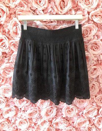 BELL Black Eyelet Skirt/ Blk Tassel