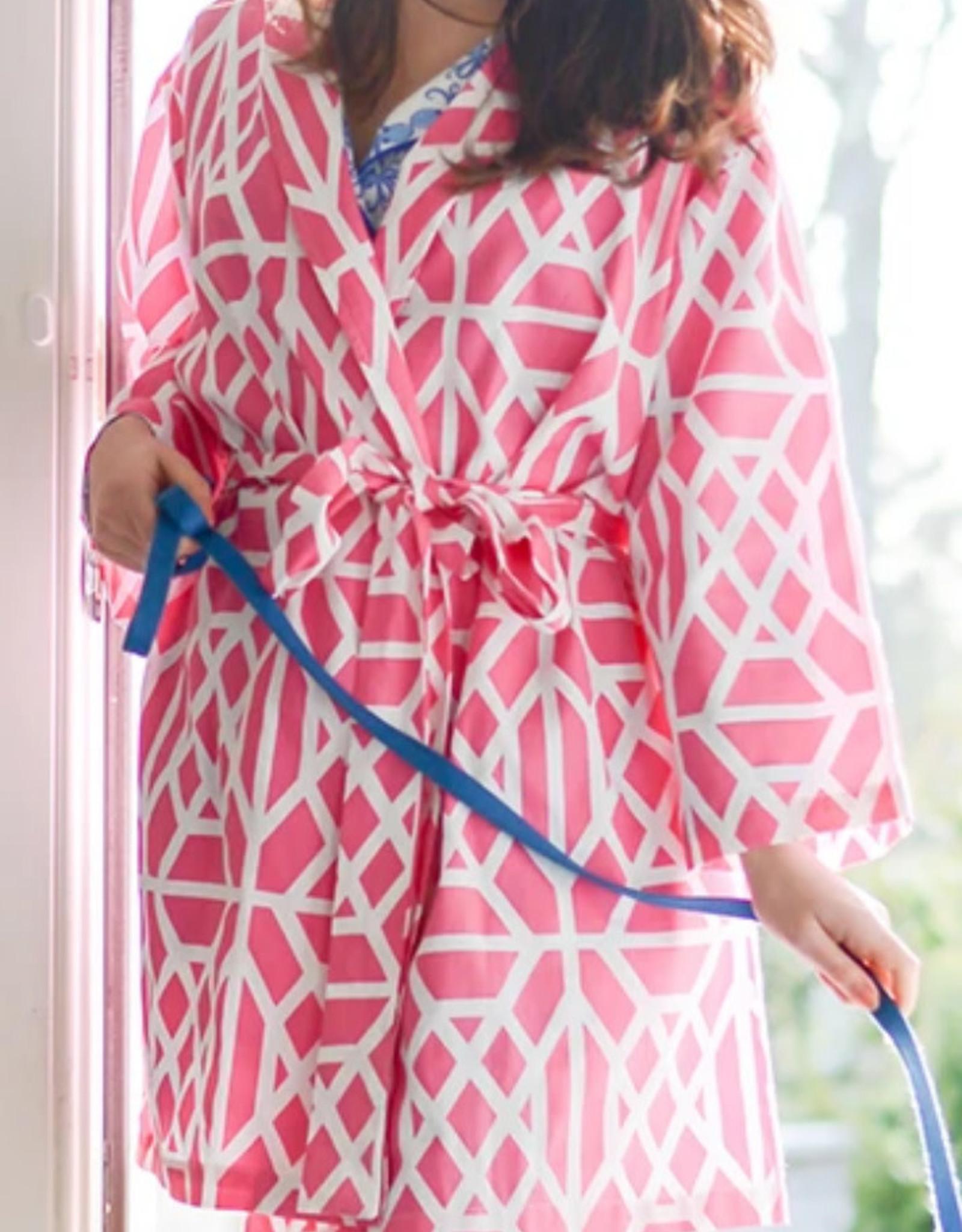 Jaye's Studio Don't Fret Robe  White/Pink Sz Lg/XL