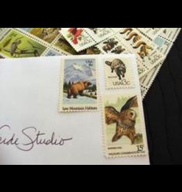 Notions Asst Vintage US Postage Stamps