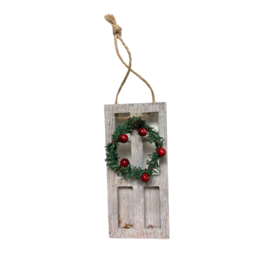 "WHITE DOOR WITH WREATH ORNAMENT, 5""H"