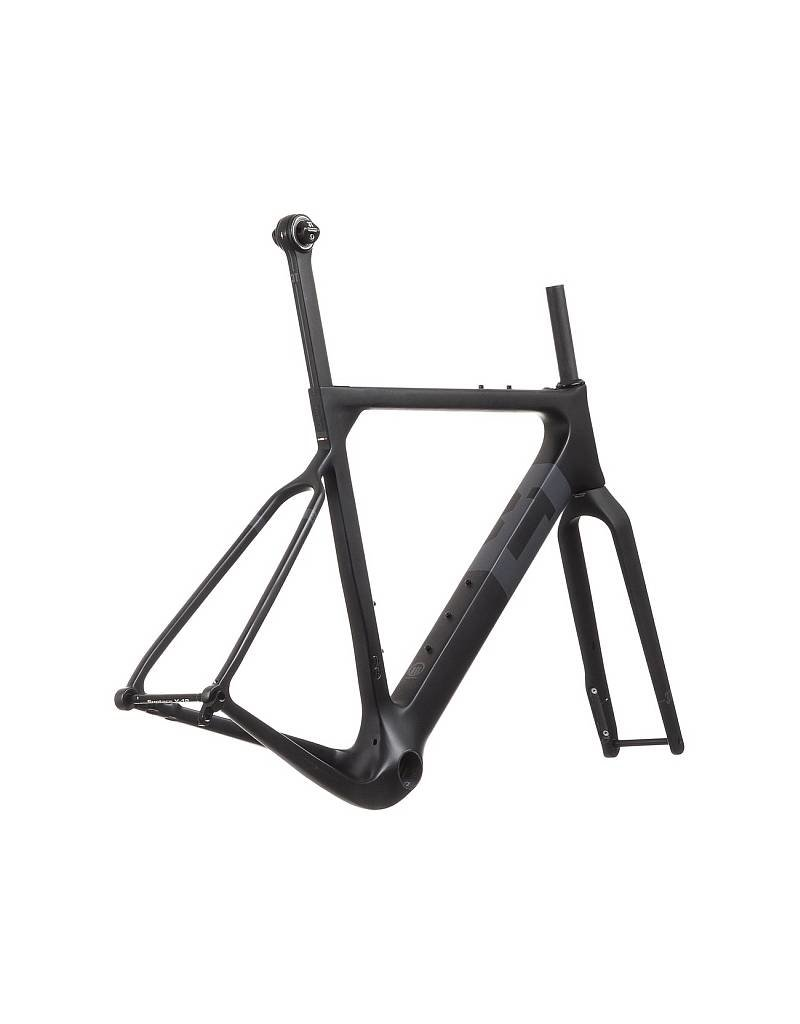3T Exploro LTD Frameset