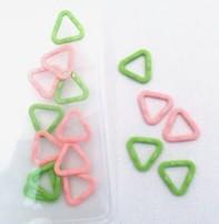 Clover Clover Stitch Marker, Triangle, Small, (3149)