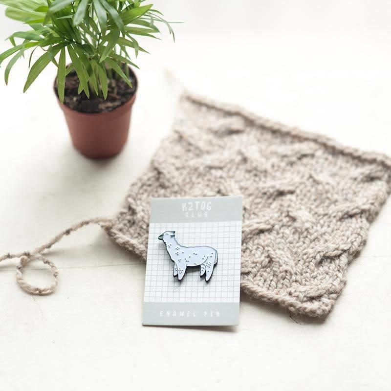 Twig & Horn K2TOG Club   White Alpaca Enamel Pin