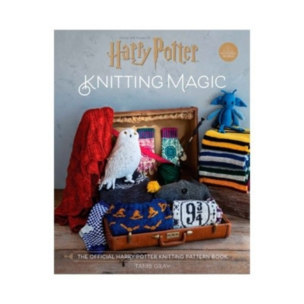 Harry Potter: Knitting Magic by Tanis Gray
