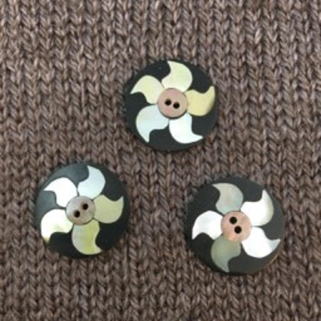 "Art of Yarn *Buttons - Inlaid Shell, 3/4"", 2cm"