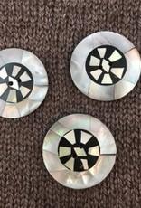 "Art of Yarn *Buttons - Round Black & White Inlay, 1 1/4"", 3.25cm"