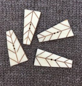 "Art of Yarn *Buttons - Carved Bone Rectangle 1 1/2"", 4cm"