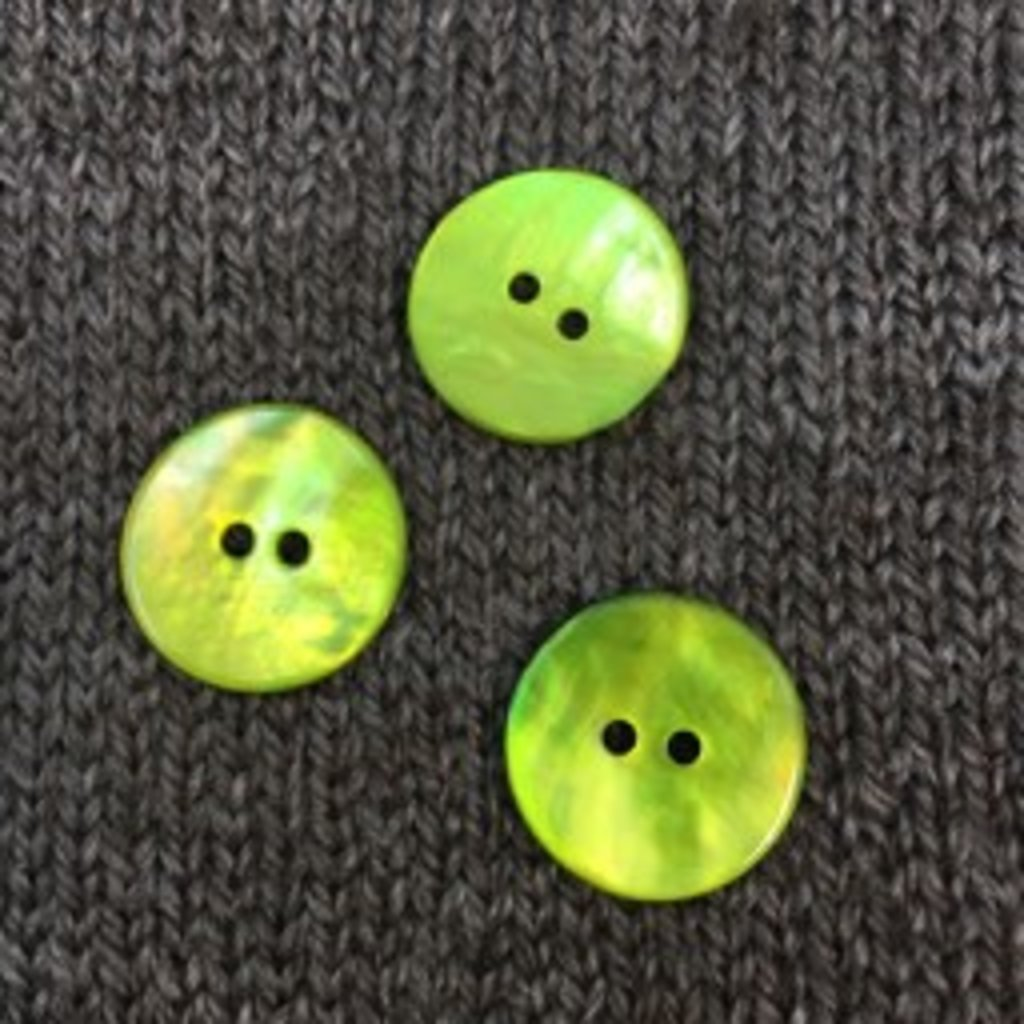 """Renaissance/Blue Moon *Buttons - Agoya, Green, 3/4"""", 1.5cm"""