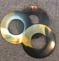 """Art of Yarn Shawl Circle - Bone, 3"""", 8cm"""