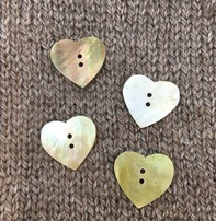 "Art of Yarn *Buttons - Heart Shaped Mother Of Pearl, 1/2"", 1.2 Cm''"