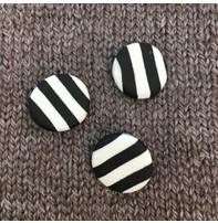 Sew Kool *Buttons - Polyamide Clay, handmade Zebra Stripe 5/8'', 1.25cm