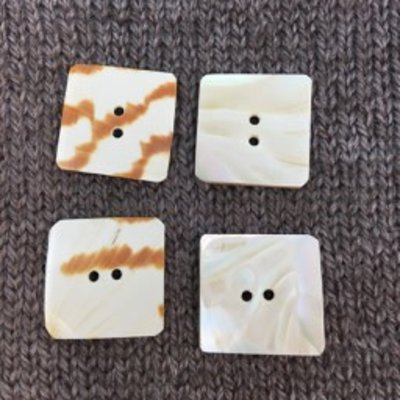 "Art of Yarn *Buttons - Shell, Square, White/Brown, 1"", 2.5"