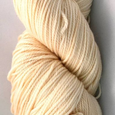 Hand Maiden Fleece Artist Tree Wool Sport - Cream