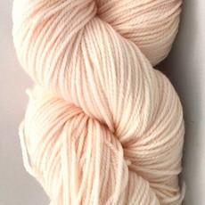 Hand Maiden Fleece Artist Tree Wool Sport - Shell Pink