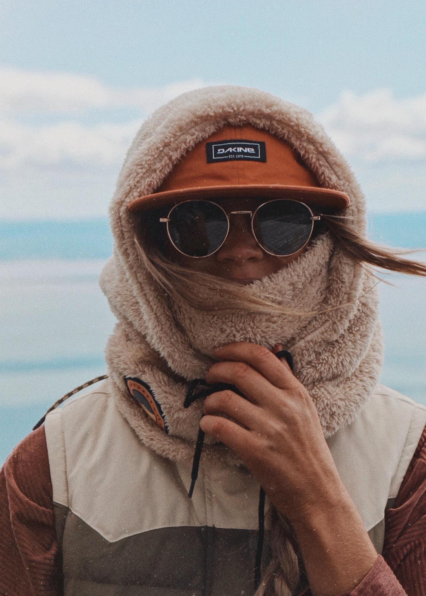 Notice The Reckless Notice The Reckless - Eskimo Rider Hood - Under Helmet Fit