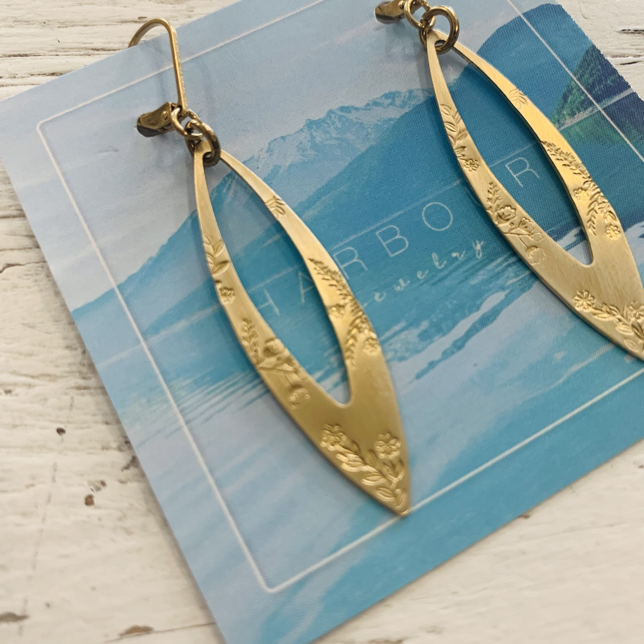 Harbour Jewelry Harbour - Floral Dangle Earring