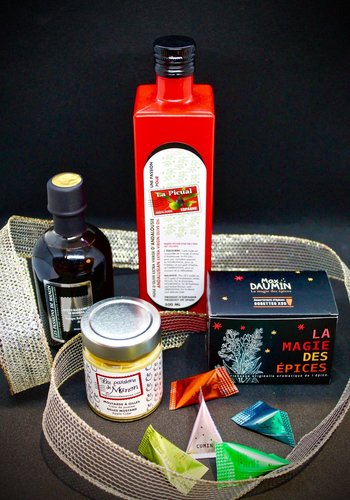 Gift-box from Les Passions de Manon 85$ Value