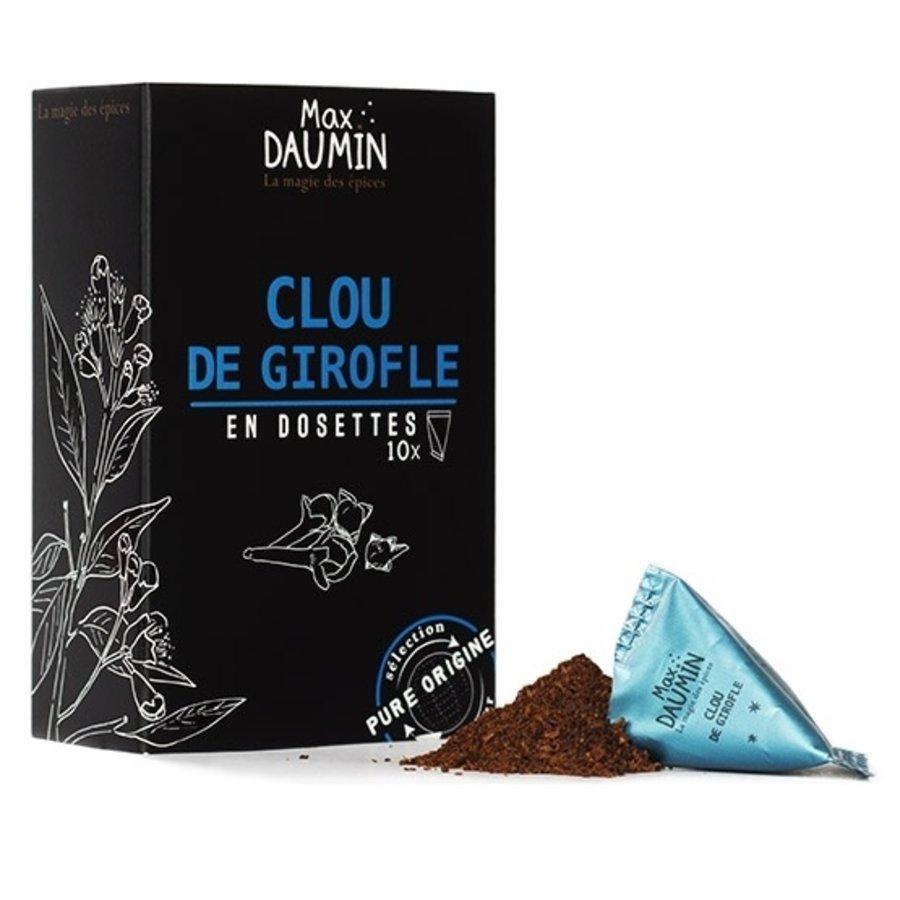 Clove pods Max Daumin (10)