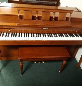 "Baldwin Baldwin 936 Console 36"" Vertical Piano (Maple) (pre-owned)"