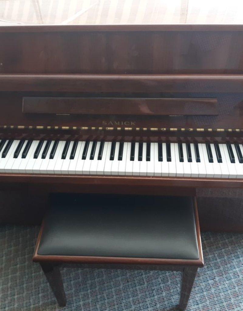 "Samick Samick SU-105 43"" Vertical Piano (High Polished Walnut) (pre-owned)"