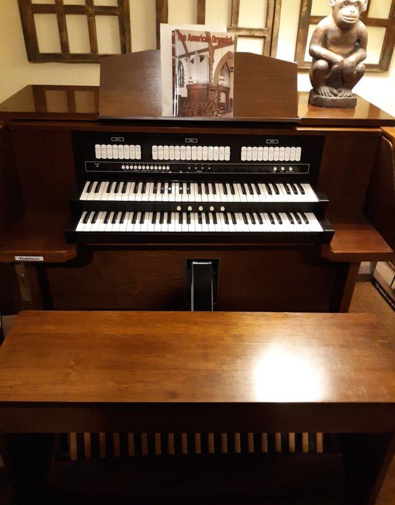 Baldwin Baldwin Model 540 2 Manual Stop Tab Organ (Walnut) (includes Tone Equipment) (pre-owned)