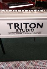 Korg Korg Triton Studio Worksation/Sampler