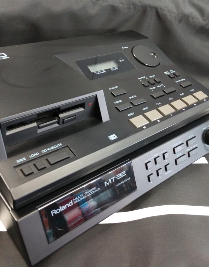 Roland PR-100 Digital Sequencer and MT-32 Multi Timbre Sound Module Combo