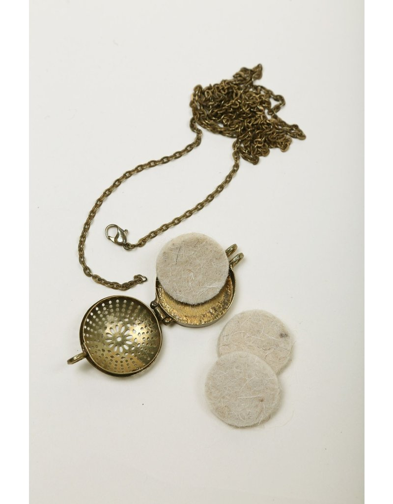 Necklace - Antiqued Brass