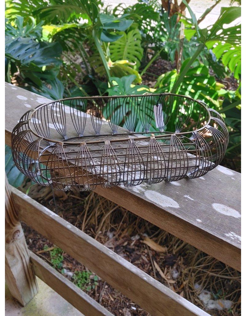 Delicate Lines Bread Basket
