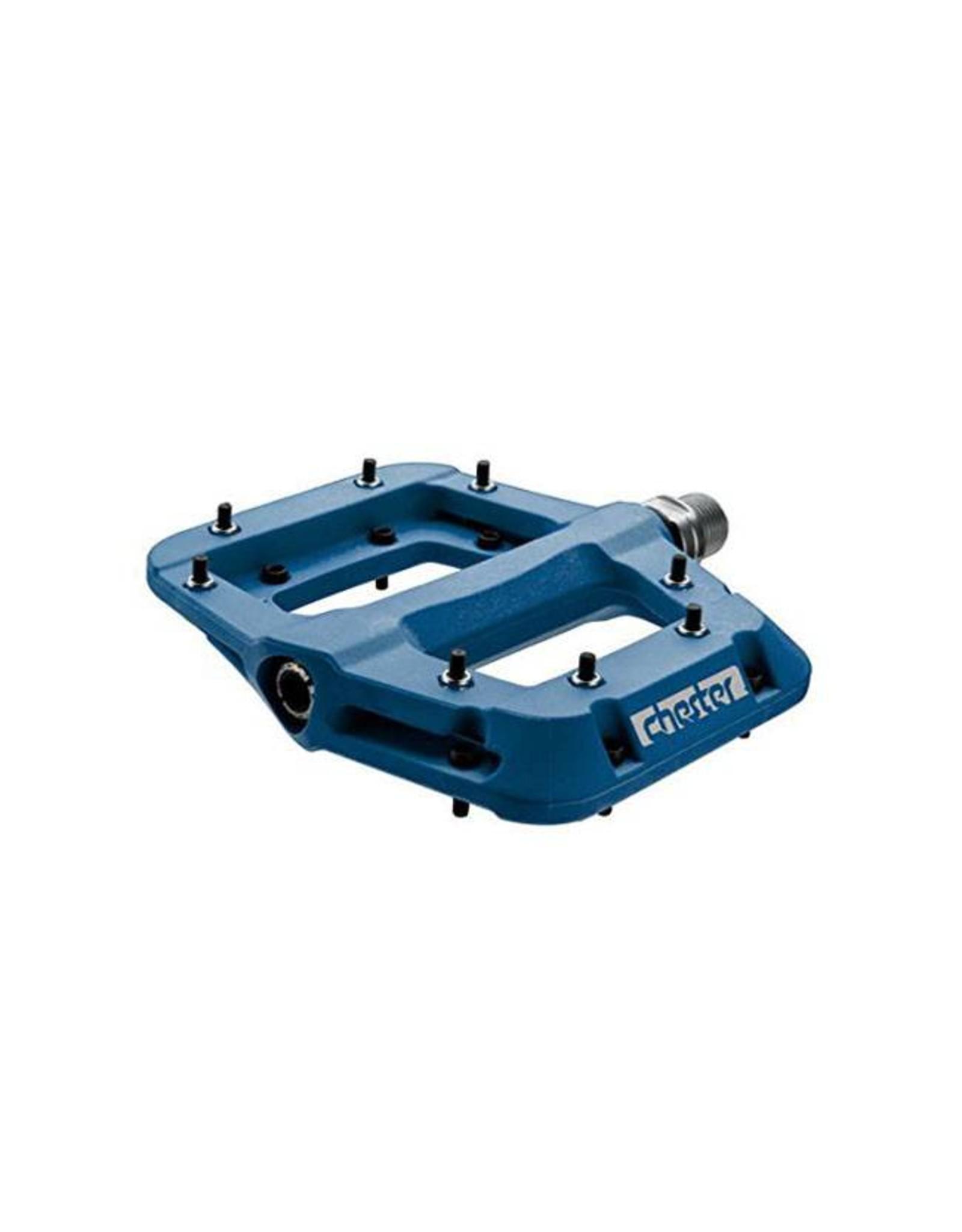 """RaceFace RaceFace Chester Composite Platform Pedal: 9/16"""" Blue"""