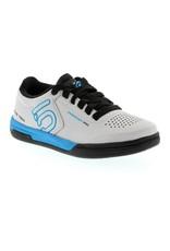 Five Ten Five Ten Freerider Pro Women's Flat Pedal Shoe: Solid Gray 7.5