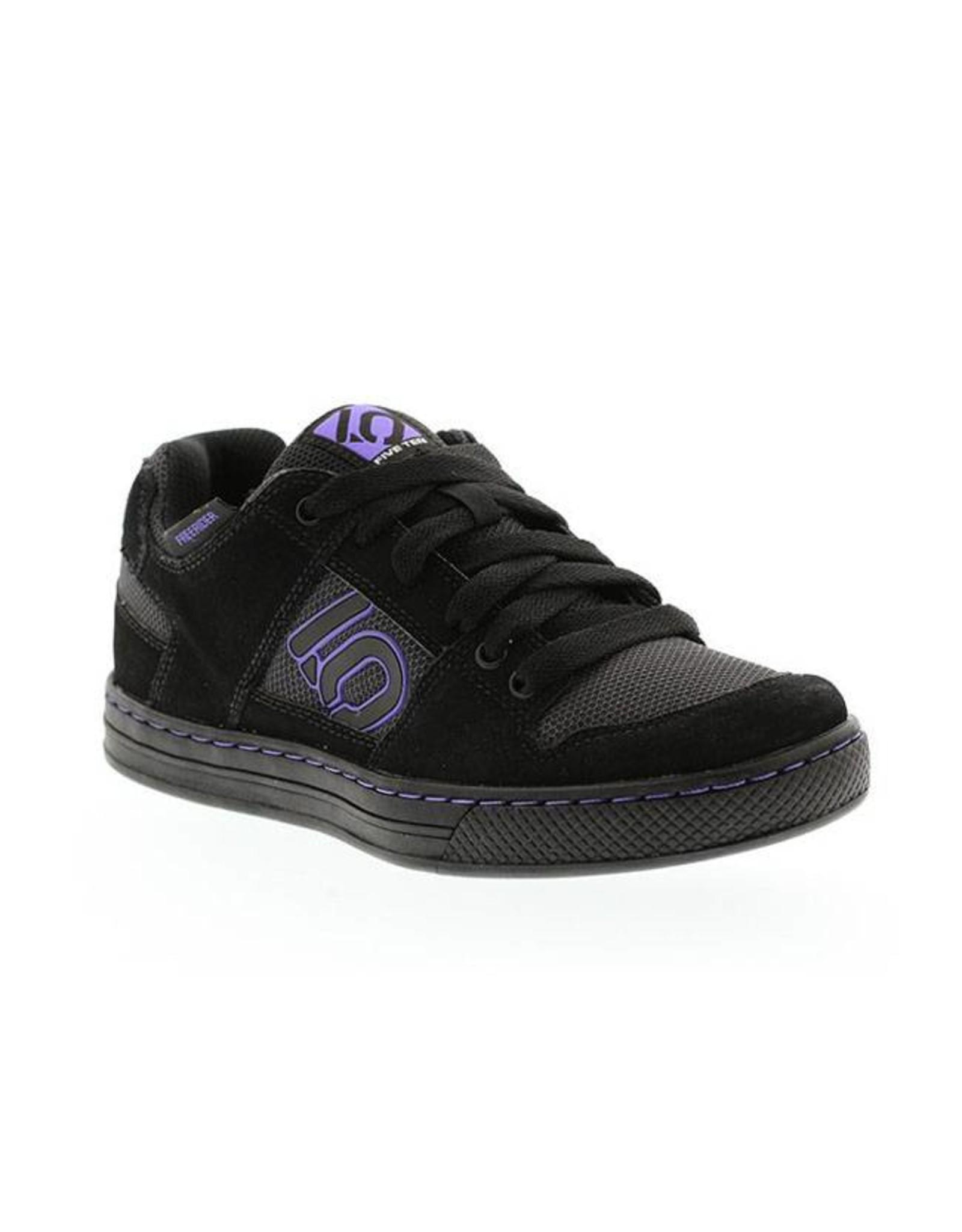 Five Ten Five Ten Freerider Women's Flat Pedal Shoe: Black/Purple 9.5