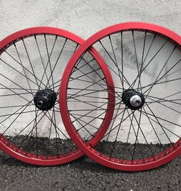 Profile Mini RHD 9T / Fly Classico Custom Wheelset Black/Red