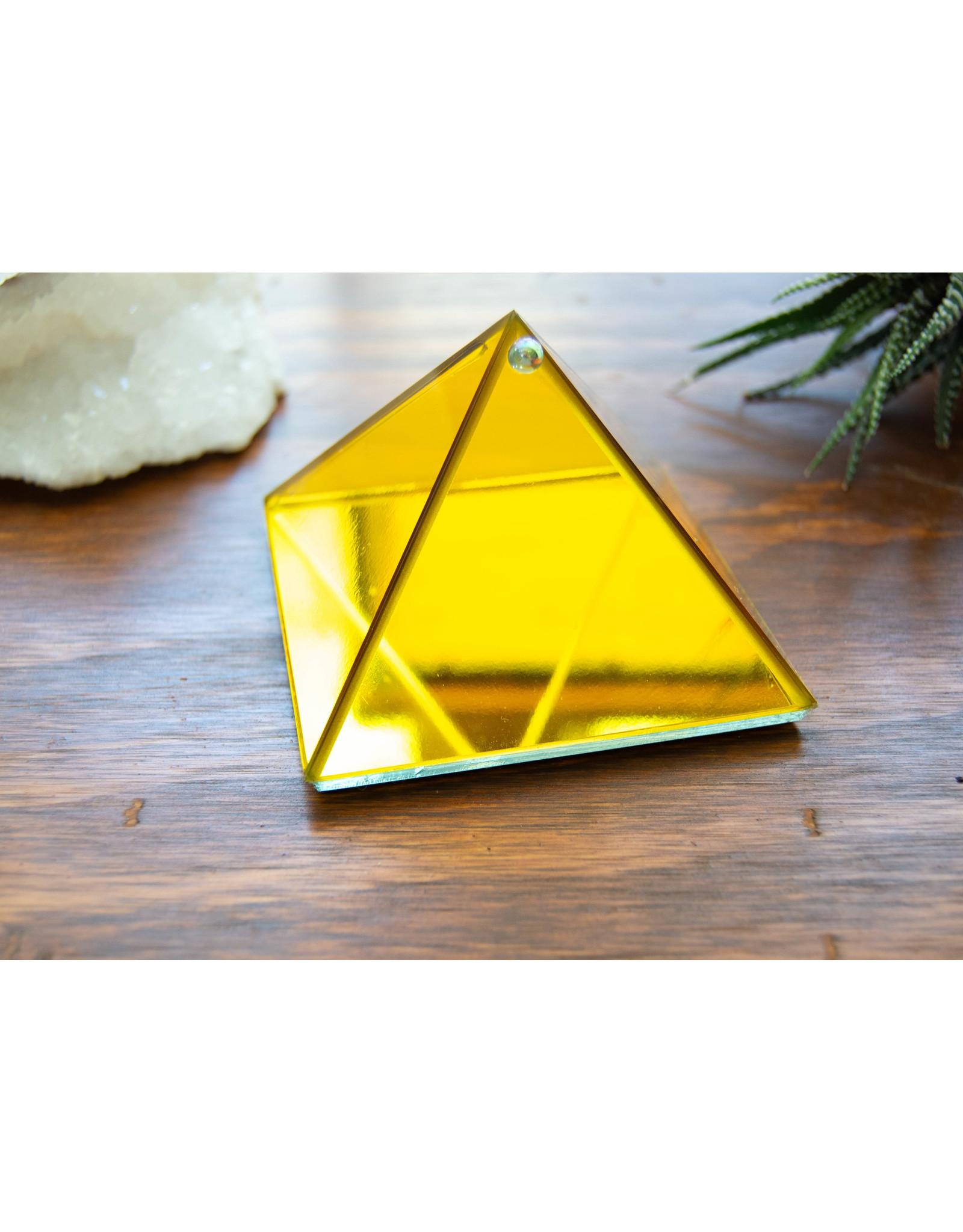 Pyramide à souhait jaune
