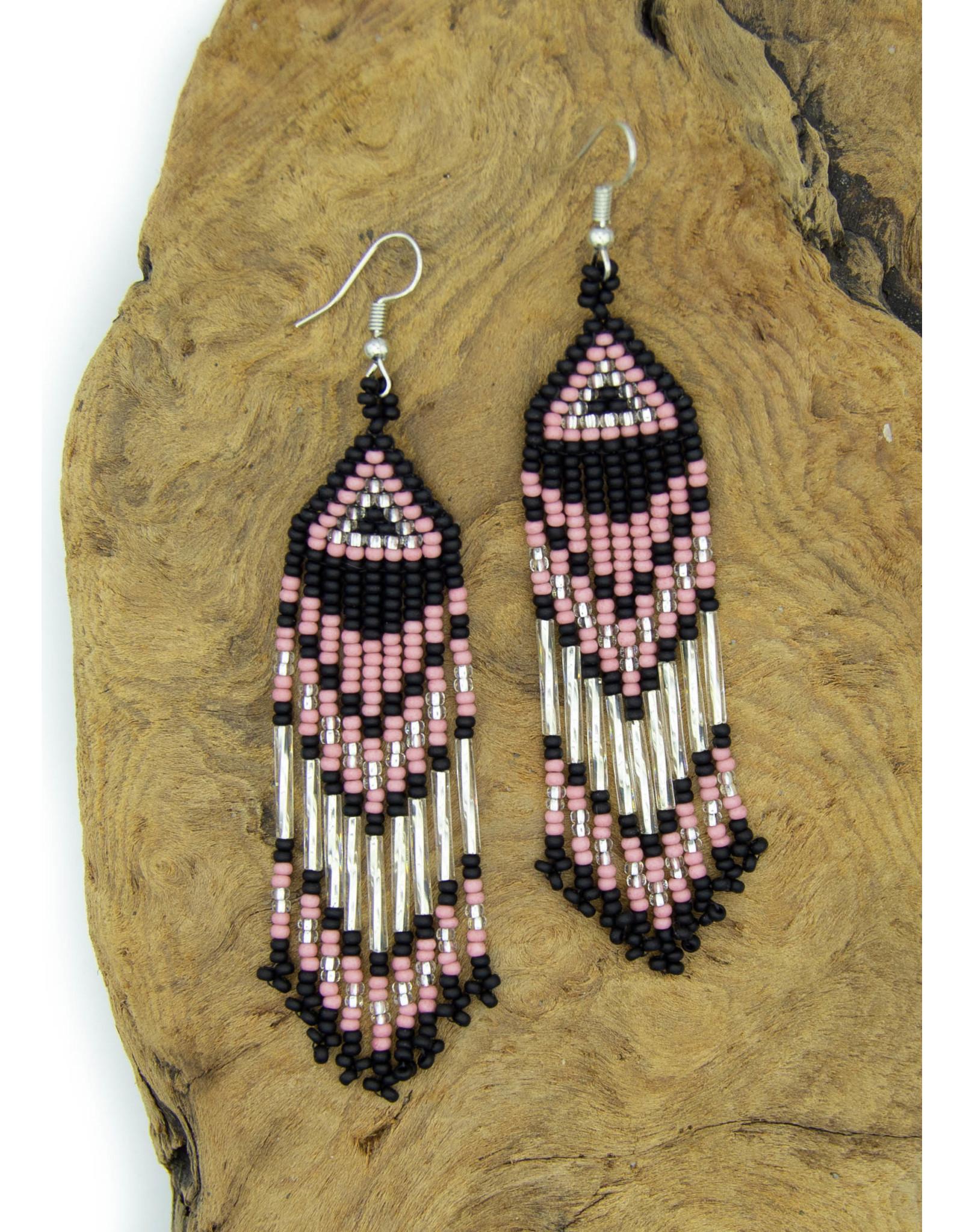 Boucles d'oreilles d'artisane autochtone