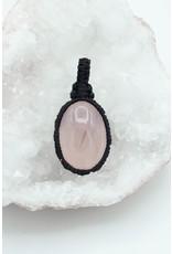 Pendentif macramé Quartz rose