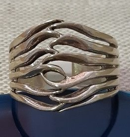 Distinctive by Design Silver 6 lines Wavy Ring