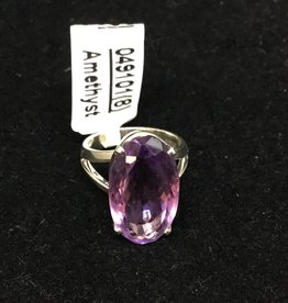 Crystal Earth Studio Faceted Stone Ring - amethyst