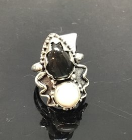 Labradorite - Magsenite Moonburst Ring