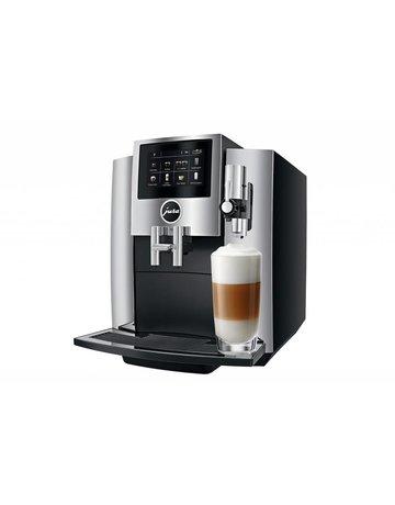 Jura Machine espresso super-automatique S8 par Jura - Chrome