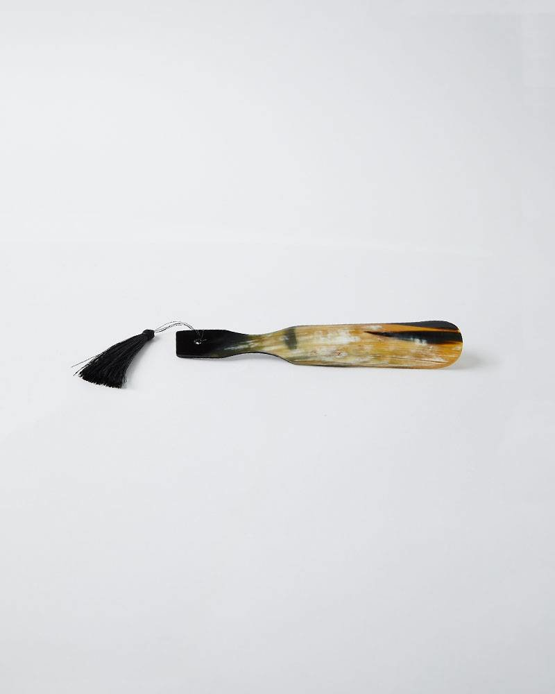 Siren Song SHOE HORN WITH TASSEL