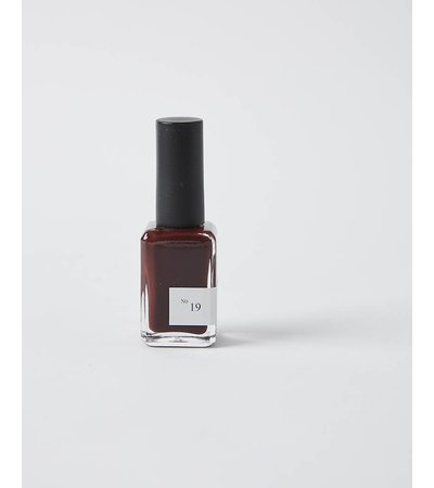 Sundays POLISH NO.19