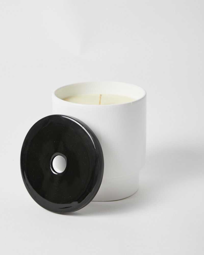 Night Space TRUE BLACK CANDLE