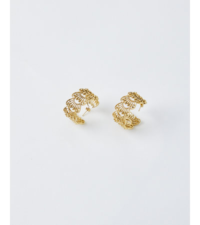 La2L FILIGREE FAN HOOP EARRINGS