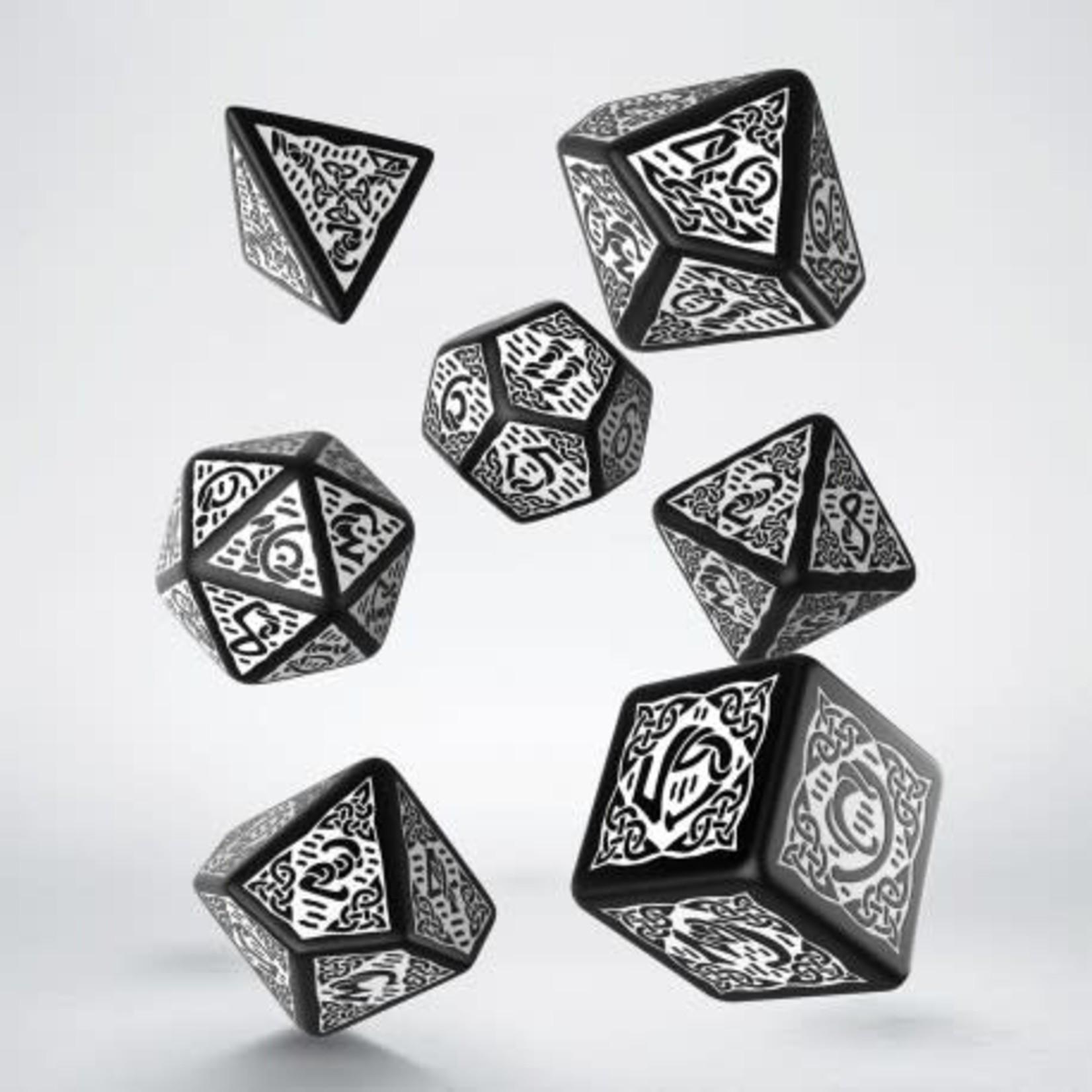 Q Workshop Q Workshop Celtic Black/White dice set