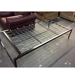Twin cot frame / metal