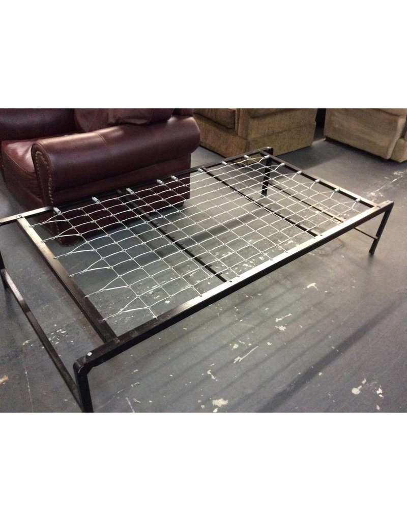 Twin cot frame / metal