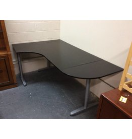 Desk  /  black n metal